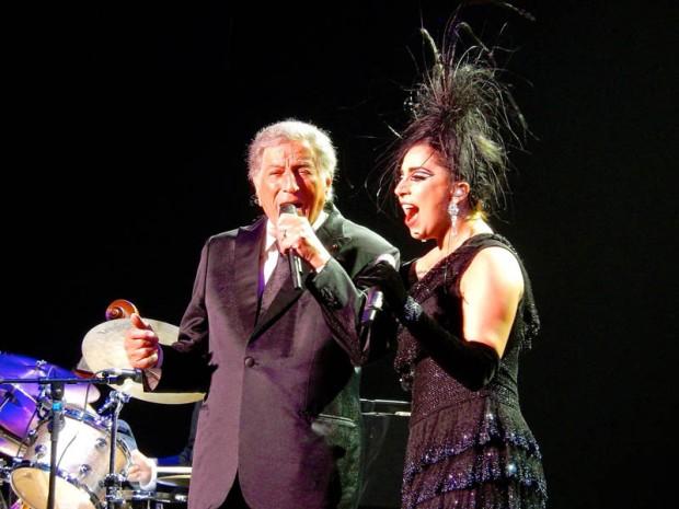 Lady_Gaga_&_Tony_Bennett_(17172379719)_pienempi